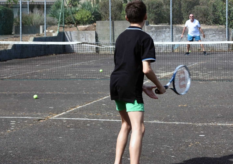 TENNIS et MINI-GOLF